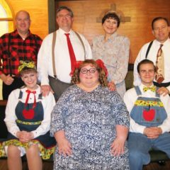 Chestnut welcomes Sanders family for in-church revival meeting