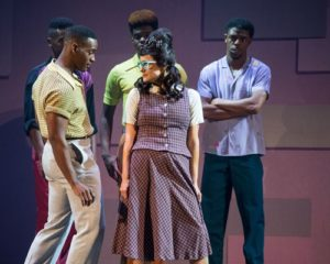 Local Cast Sparkles In Starlights Hairspray Kc Applauds